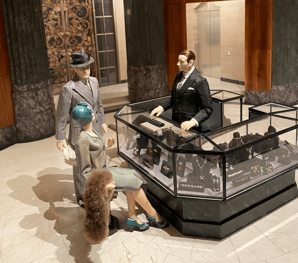 to-scale jewelry store